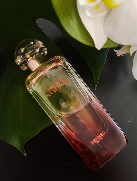 Hermes-Un-Jardin-Sur-La-Lagune-Bottle